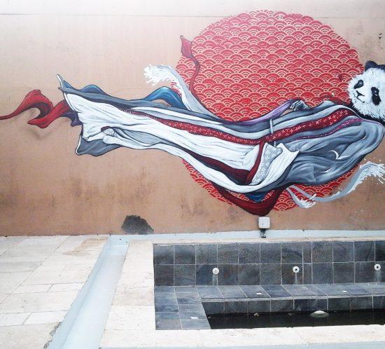 Abeil - Fresque Panda geisha - Galerie La Kaz blanche