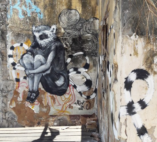 Place Kabar city - Abeil - 974 - Street art
